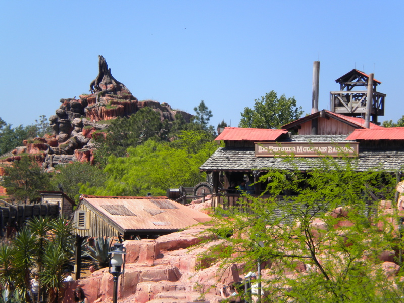 My Disney Top 5 - Things to See in Walt Disney World's Frontierland