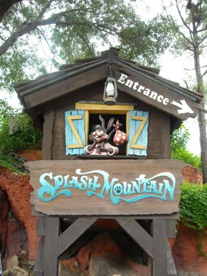 Mouseplanet - My Disney Top 5 - Attraction Signs at Walt ...