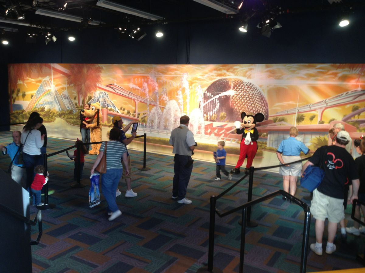 Mouseplanet walt disney world resort update by mark goldhaber this background is also being used for a new character meet and greet space in the front of the park photo by j jeff kober kristyandbryce Choice Image