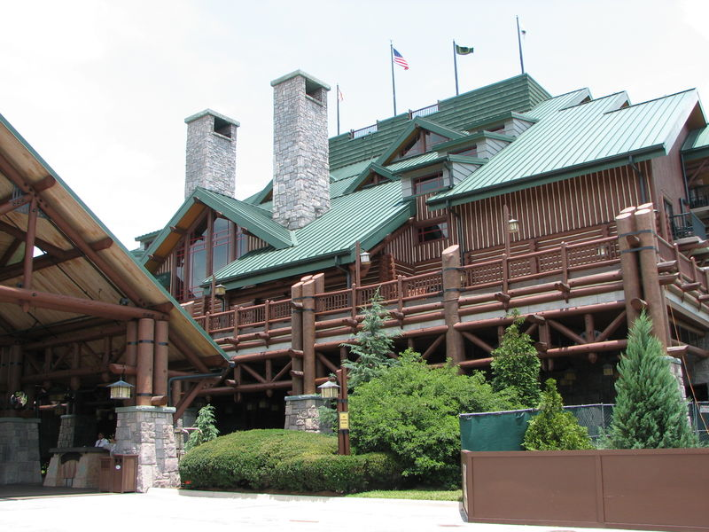 Enjoying the Outdoors the Disney Way: Disney's Wilderness Lodge and Yellowstone's Old Faithful Inn