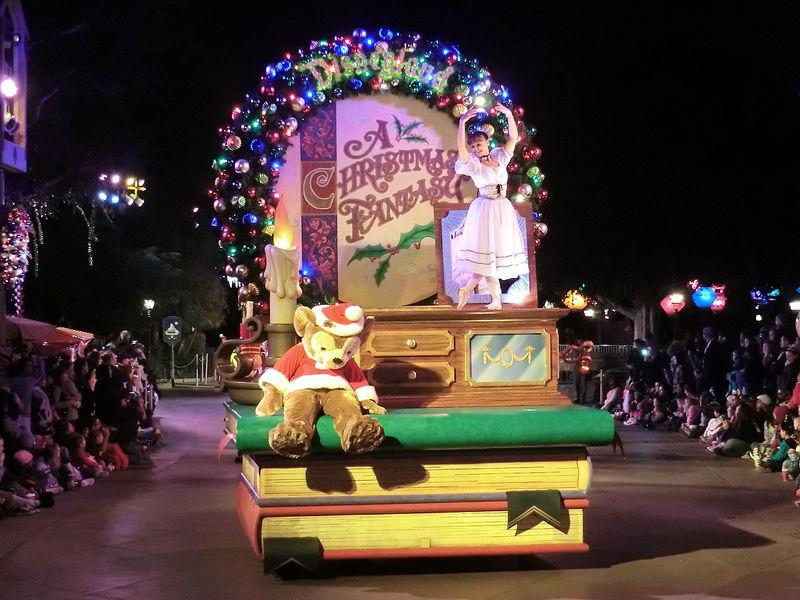 Holiday Time returns to the Disneyland Resort November 12