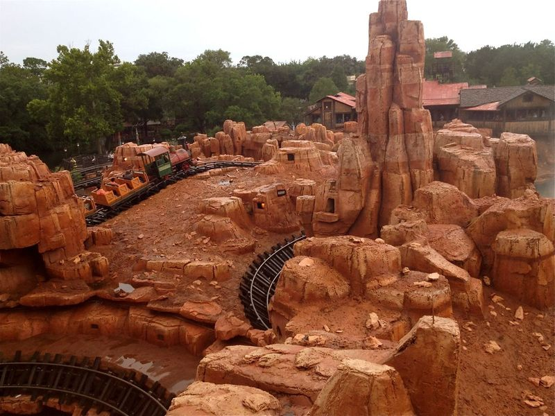 My Disney Top 5 - Things to Love about Big Thunder Mountain Railroad at the Magic Kingdom