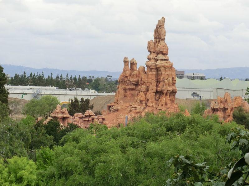 Disneyland Resort Update for April 11-17, 2016