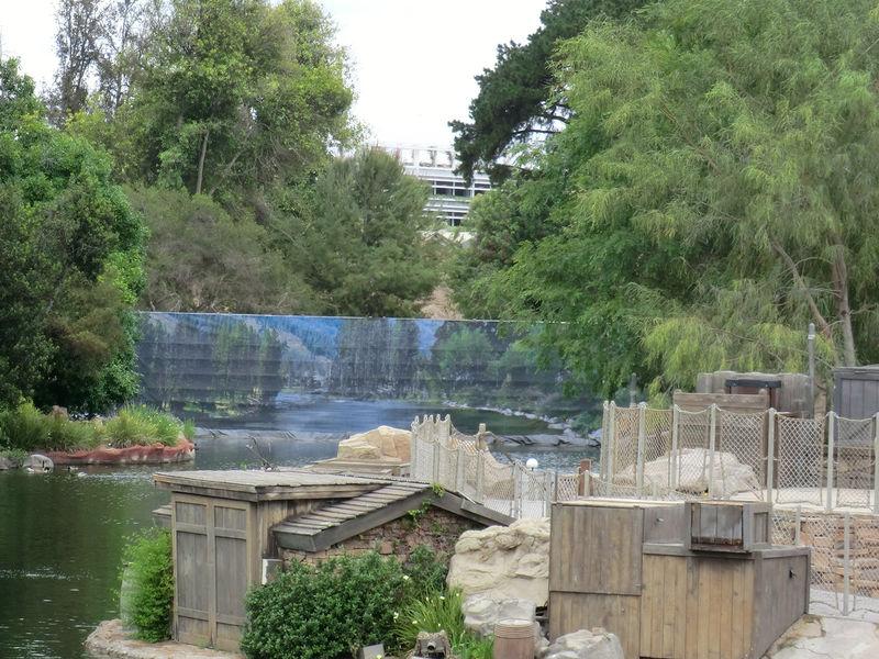 Disneyland Resort Update for April 18-24, 2016
