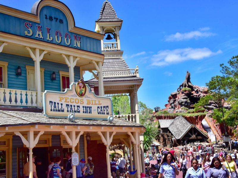 Liberty Square and Frontierland: A Photo Tour