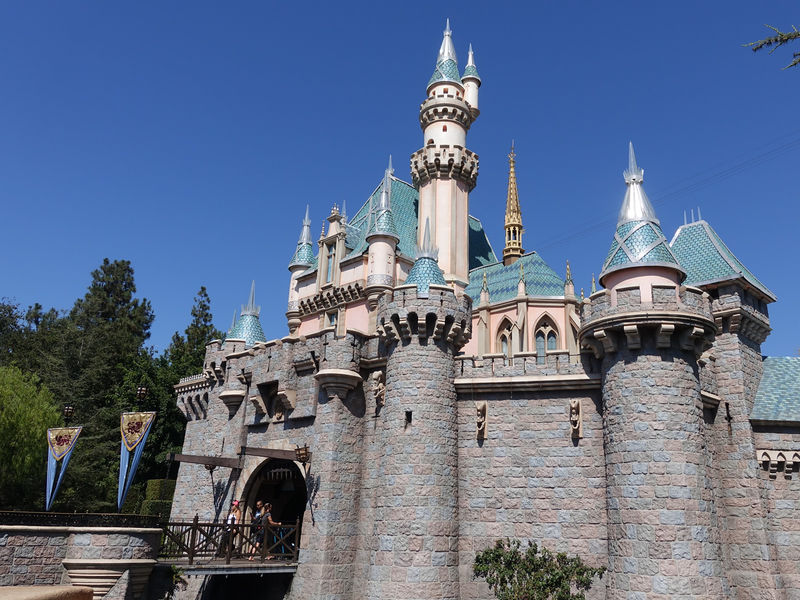 Disneyland suspends new sales of the Southern California AP
