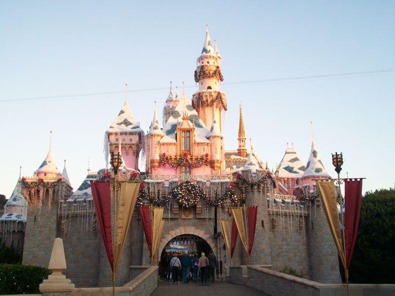 My Top 5 Favorite Holiday Offerings at the Disneyland Resort