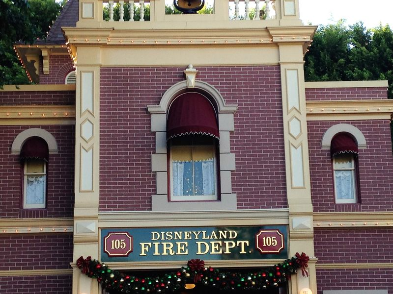 My Disney Top 5 - Things I Need to See at Disneyland - Revisited