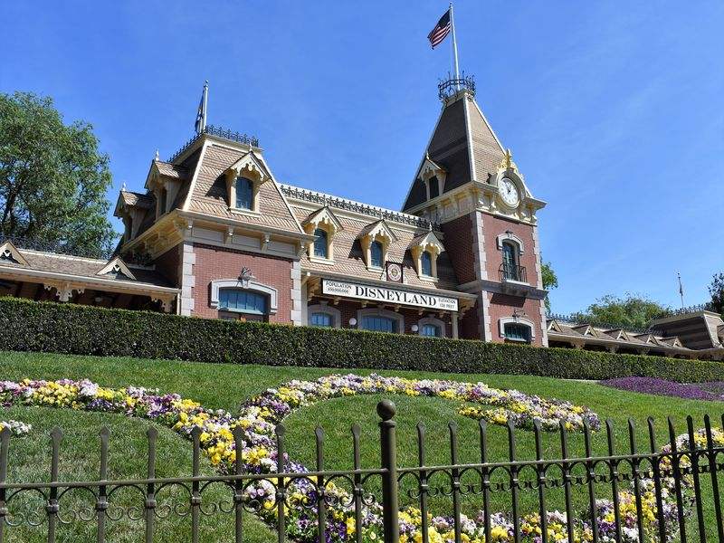 Stepping Into Spring at The Disneyland Resort