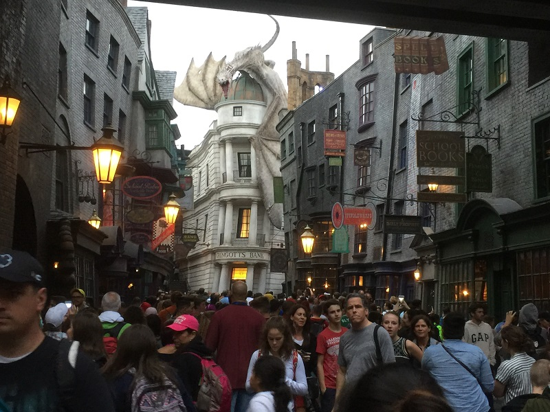 Harry Potter dining at the Leaky Cauldron and Three Broomsticks
