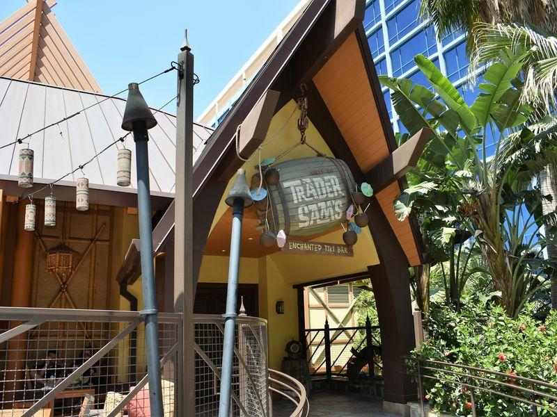 Take a Dining Break at The Disneyland Hotel
