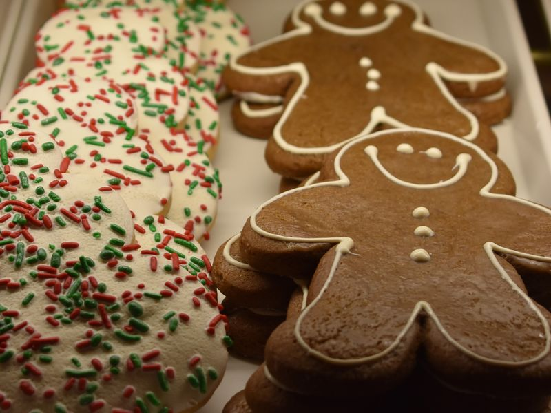 The Ten Tastiest Treats this Holiday Season at the Disneyland Resort