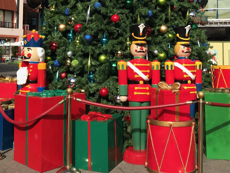 Disneyland Resort Update for November 28 - December 3, 2017