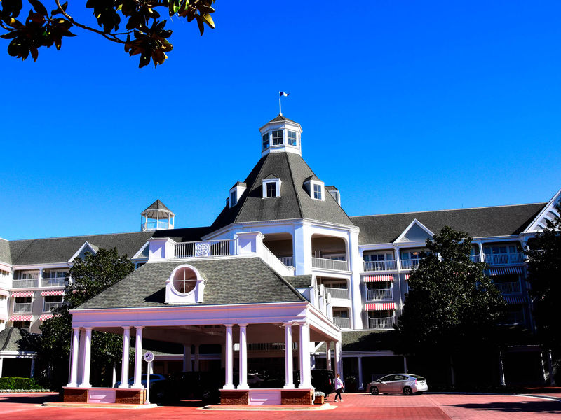 The Yacht Club Resort: A Photo Tour