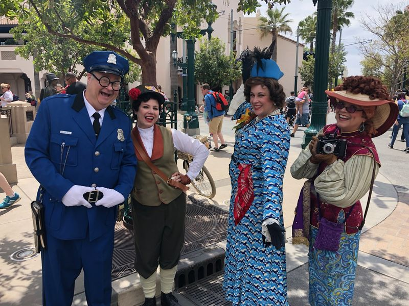 Meet the Citizens of Buena Vista Street