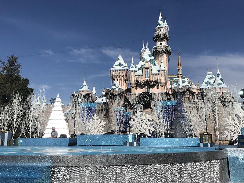 QnA VBage Disneyland Resort Update for November 26 - December 2, 2018