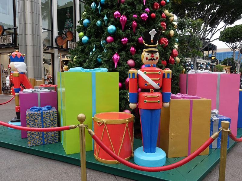 Disneyland Resort Update for December 17 - 23, 2018