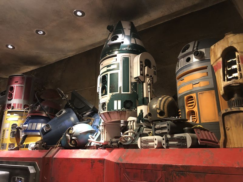 Building a New Friend at Droid Depot