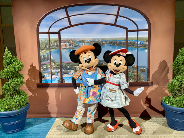 Mickey and Minnie at the 2019 DVC Annual Members Meeting