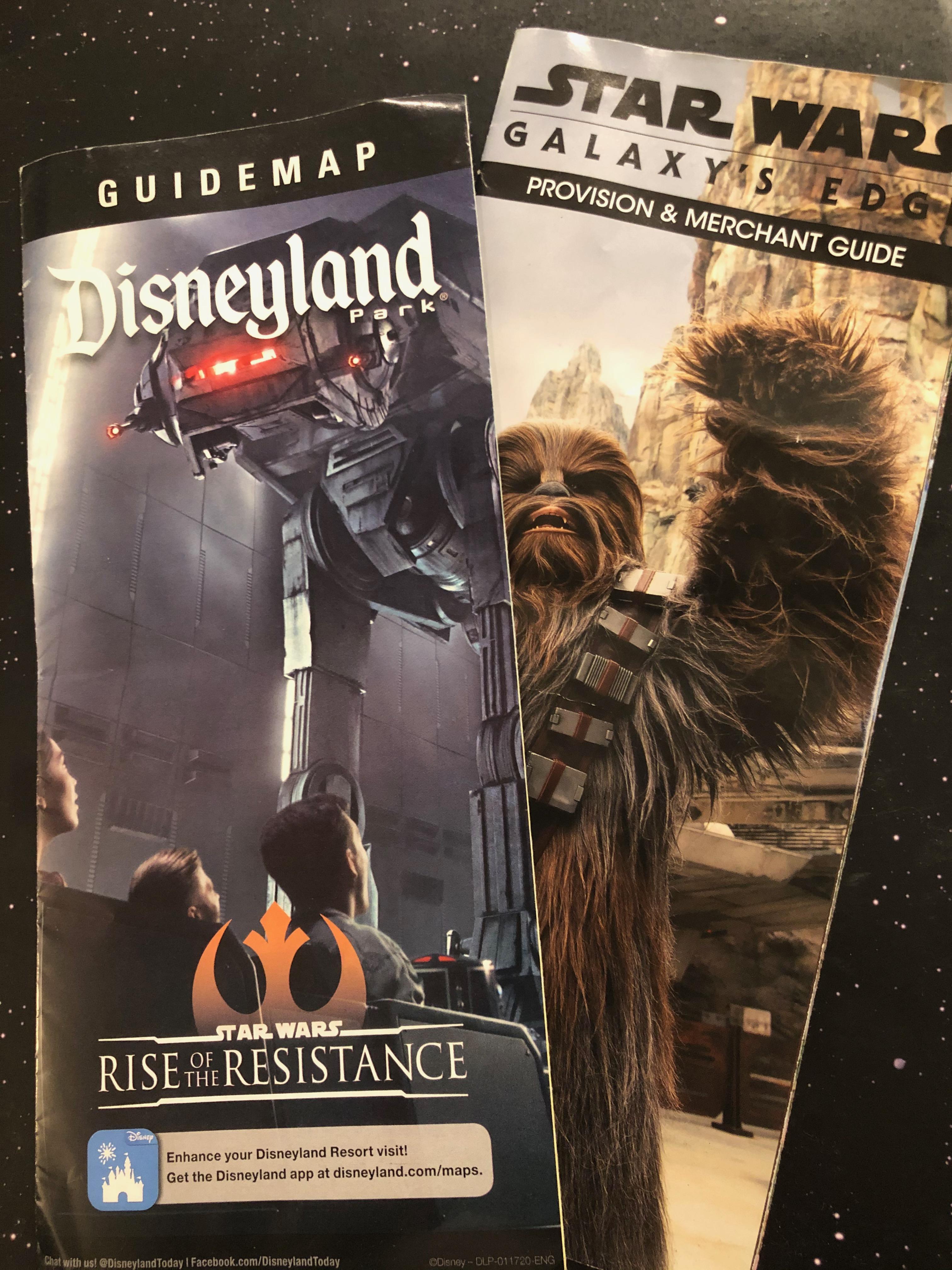 Park GuideMap Disneyland Star Wars Black Series Galaxy/'s Edge DROID DEPOT