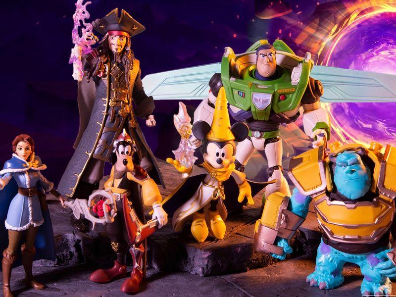 Disney Stuff - McFarlane Toys: Disney Mirrorverse Collection
