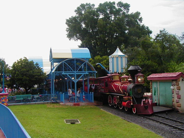 Toontown Fair train station with train. Photo taken 7/4/04. Photo by Brian Bennett.