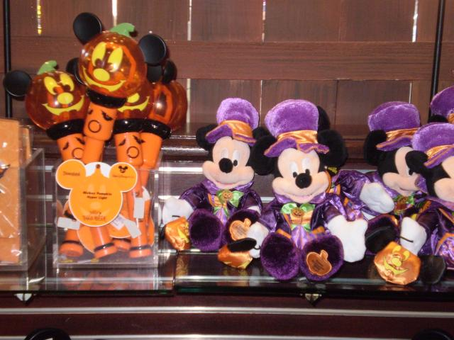 Halloween Mickey Merchandise includes light-spinners and costumed mini-plush. Photo by Shoshana Lewin.