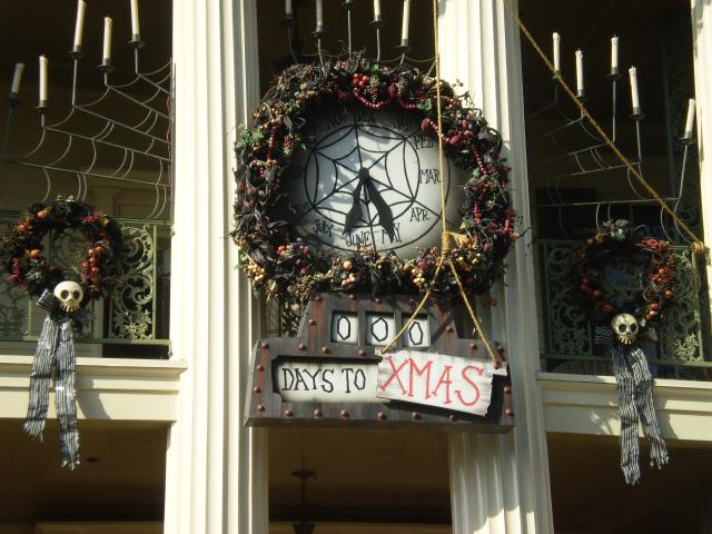 Haunted Mansion Holiday's Christmas countdown clock. Photo by Shoshana Lewin.